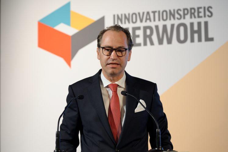 Dr. Alexander Hinrichs (Geschäftsführer der ITW)