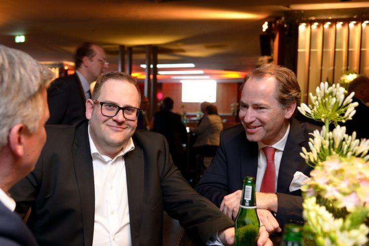 Christof Mross (Einkauf Lidl) und Alexander Hinrichs (Geschäftsführer Initiative Tierwohl)