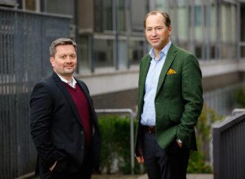 Robert Römer und Dr. Alexander Hinrichs, Geschäftsführer der Initiative Tierwohl